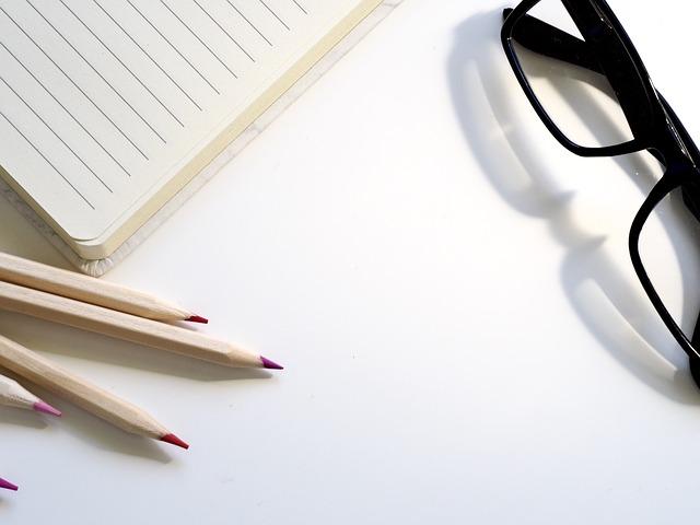 brýle a psaní